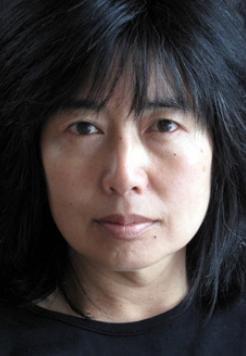 Image of Alison Wong author of As the Earth Turns Silver